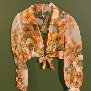 Jackets & Blazers - Vintage floral yellow top